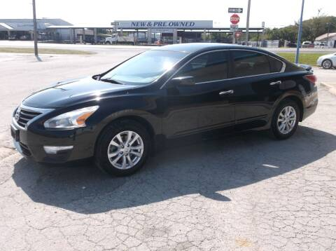 2014 Nissan Altima for sale at AUTO TOPIC in Gainesville TX