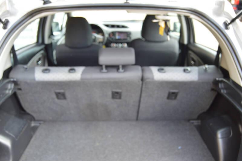 2015 Toyota Yaris LE 4dr Hatchback - Dallas TX