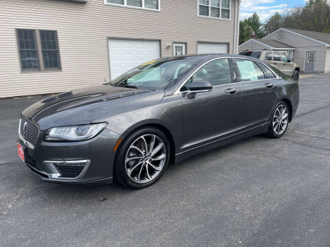 2019 Lincoln MKZ for sale at Glen's Auto Sales in Fremont NH