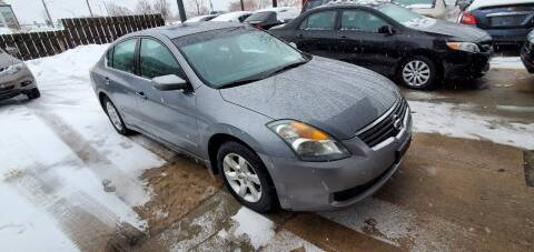2009 Nissan Altima for sale at Divine Auto Sales LLC in Omaha NE