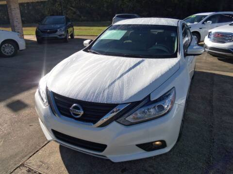 2017 Nissan Altima for sale at Howell Buick GMC Nissan in Summit MS