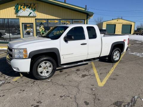 2009 Chevrolet Silverado 1500 for sale at RPM AUTO SALES in Lansing MI