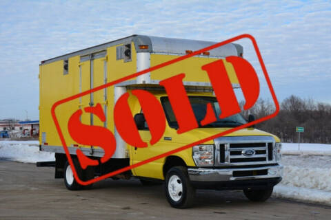 2009 Ford E-Series Chassis for sale at Signature Truck Center in Crystal Lake IL