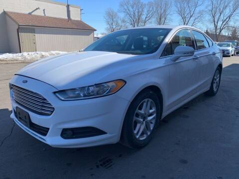 2014 Ford Fusion for sale at MIDWEST CAR SEARCH in Fridley MN