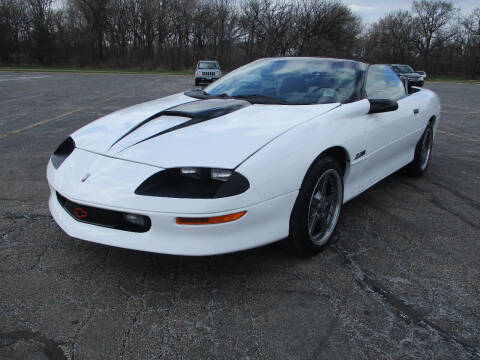 1994 Chevrolet Camaro for sale at Triangle Auto Sales in Elgin IL