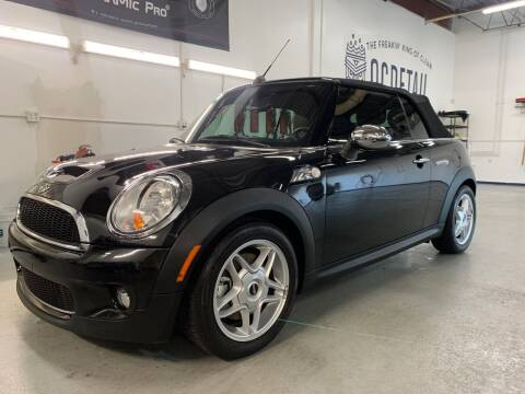 2009 MINI Cooper for sale at The Car Buying Center in Saint Louis Park MN