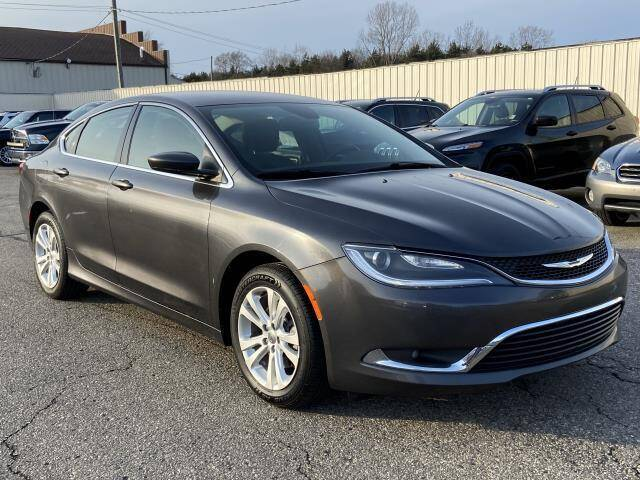 2015 Chrysler 200 for sale at Miller Auto Sales in Saint Louis MI
