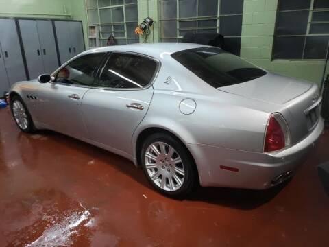 2005 Maserati Quattroporte for sale at Claborn Motors, INC in Cambridge City IN