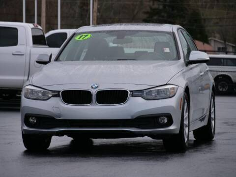 2017 BMW 3 Series for sale at CLINT NEWELL USED CARS in Roseburg OR