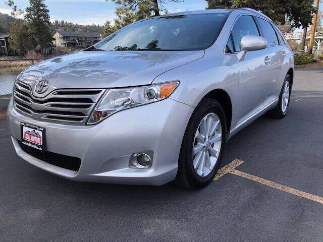 2009 Toyota Venza for sale at Local Motors in Bend OR