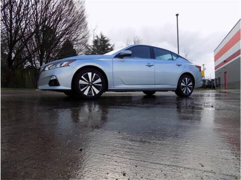 2019 Nissan Altima for sale at Klean Carz in Seattle WA