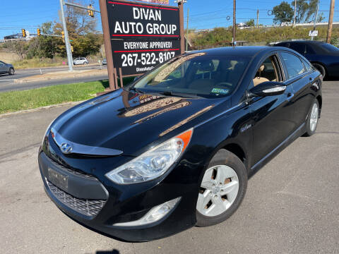 2012 Hyundai Sonata Hybrid for sale at Divan Auto Group - 3 in Feasterville PA