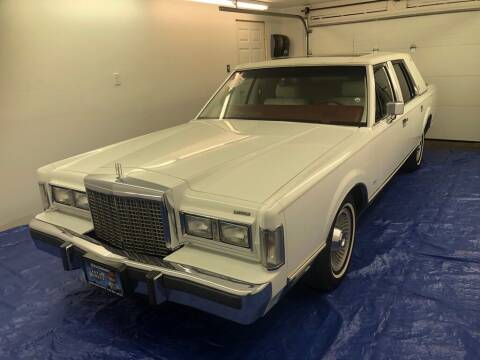1986 Lincoln Town Car for sale at MR Auto Sales Inc. in Eastlake OH