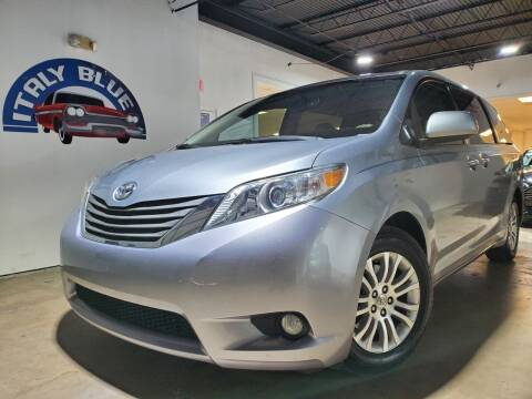 2011 Toyota Sienna for sale at Italy Blue Auto Sales llc in Miami FL