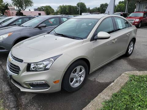 2015 Chevrolet Cruze for sale at Lakeshore Auto Wholesalers in Amherst OH
