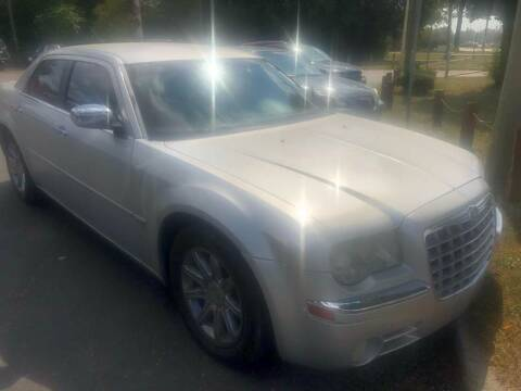 2005 Chrysler 300 for sale at Right Place Auto Sales in Indianapolis IN