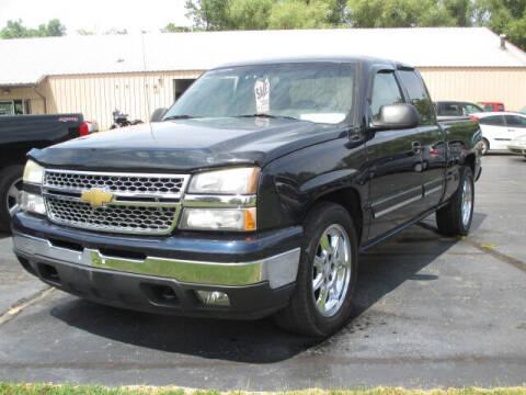 2006 Chevrolet Silverado 1500 for sale at Economy Motors in Racine WI