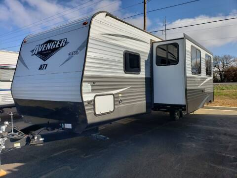 2018 Forest River Avenger for sale at Ultimate RV in White Settlement TX