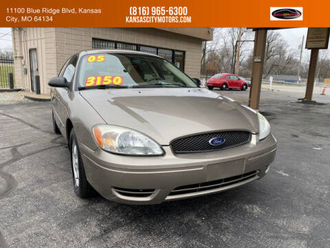 2005 Ford Taurus for sale at Kansas City Motors in Kansas City MO