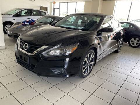 2017 Nissan Altima for sale at MANA AUTO SALES in Miami FL
