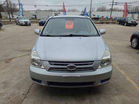 2009 Kia Sedona for sale at Kenosha Auto Outlet LLC in Kenosha WI