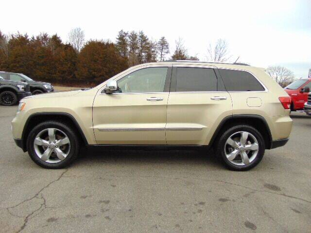 2011 Jeep Grand Cherokee for sale at E & M AUTO SALES in Locust Grove VA