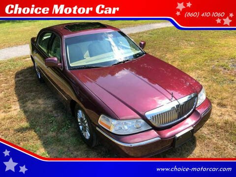 2007 Lincoln Town Car for sale at Choice Motor Car in Plainville CT