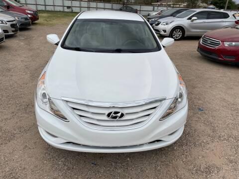 2013 Hyundai Sonata for sale at Good Auto Company LLC in Lubbock TX
