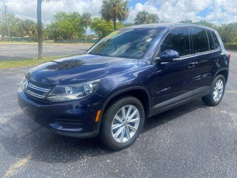 2014 Volkswagen Tiguan for sale at Lamberti Auto Collection in Plantation FL