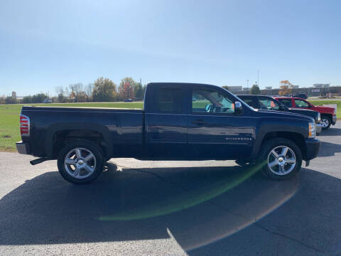 2009 Chevrolet Silverado 1500 for sale at B & W Auto in Campbellsville KY