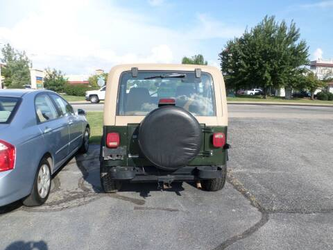 1995 Jeep Wrangler for sale at Credit Cars of NWA in Bentonville AR