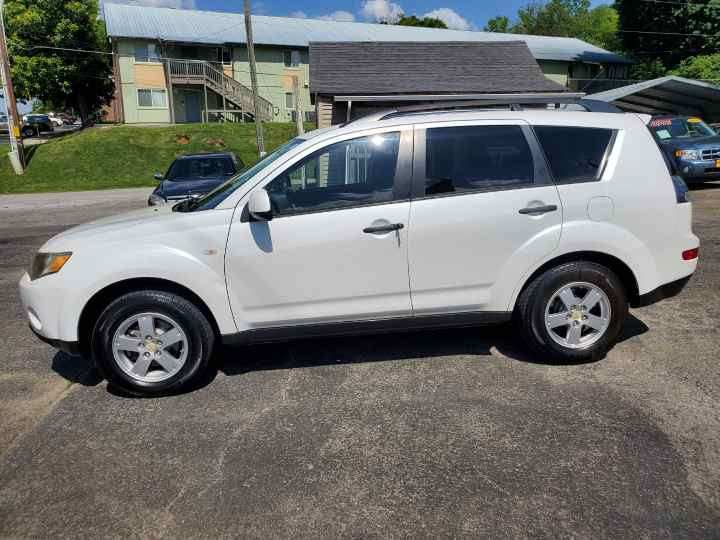 2007 Mitsubishi Outlander for sale at Knoxville Wholesale in Knoxville TN
