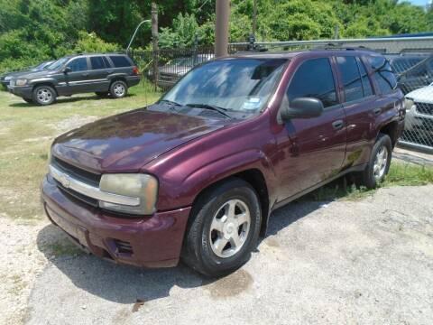 2006 Chevrolet TrailBlazer for sale at SCOTT HARRISON MOTOR CO in Houston TX