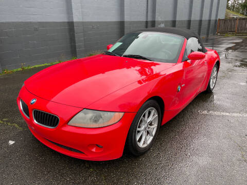 2004 BMW Z4 for sale at APX Auto Brokers in Lynnwood WA