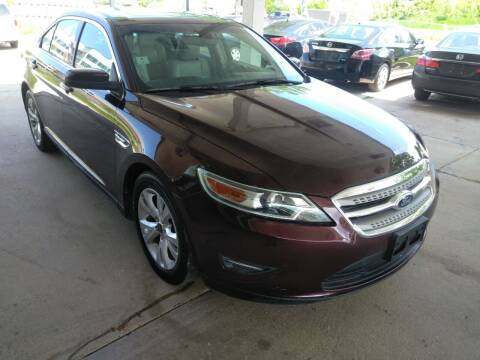 2011 Ford Taurus for sale at Divine Auto Sales LLC in Omaha NE
