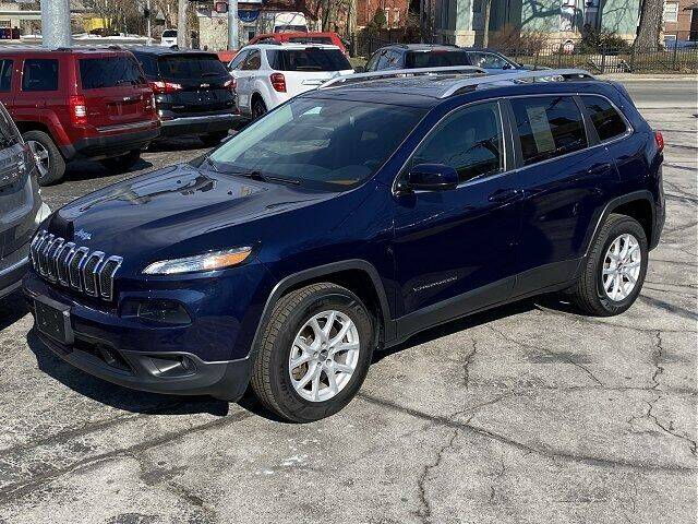 2015 Jeep Cherokee for sale at Sunshine Auto Sales in Huntington IN