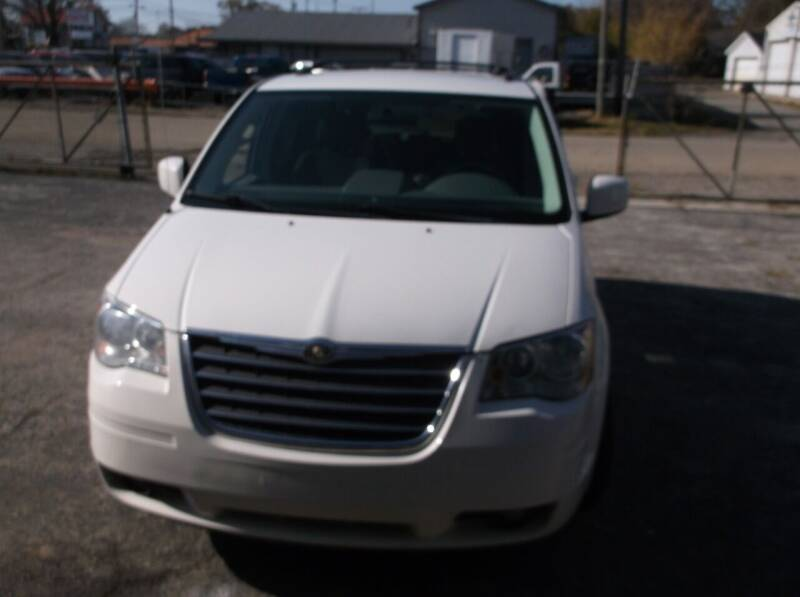 2010 Chrysler Town and Country for sale at M & N CARRAL in Osceola IN