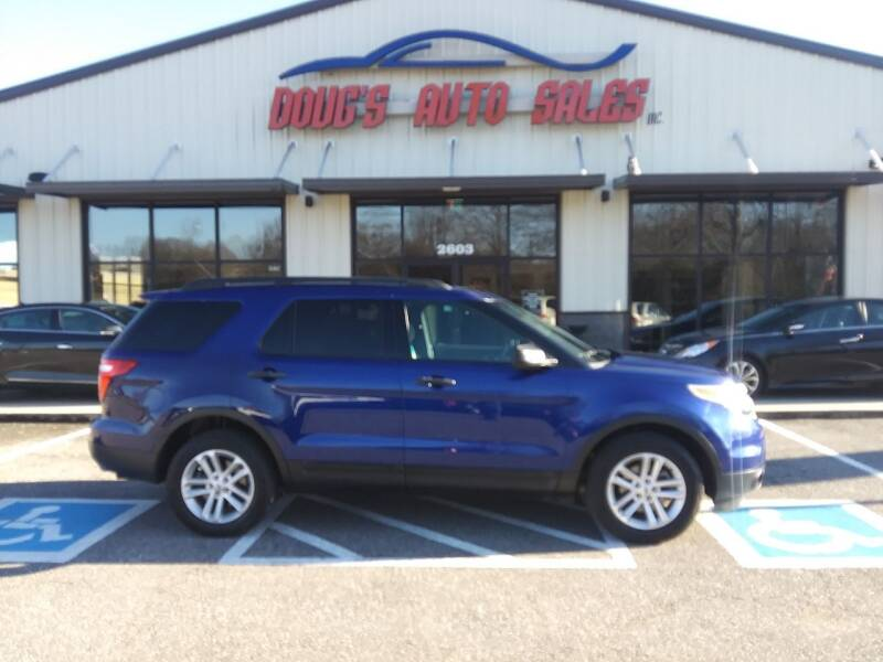 2015 Ford Explorer for sale at DOUG'S AUTO SALES INC in Pleasant View TN