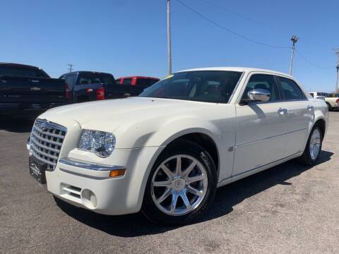 2005 Chrysler 300 for sale at Superior Auto Mall of Chenoa in Chenoa IL