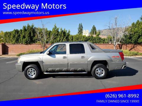 2002 Chevrolet Avalanche for sale at Speedway Motors in Glendora CA