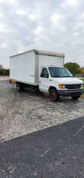 2004 Ford E-Series Chassis E-450 SD 2dr Commercial/Cutaway/Chassis 158-176 in. WB - South Chicago Heights IL