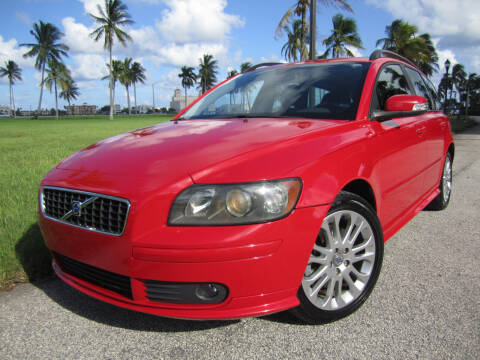2007 Volvo V50 for sale at FLORIDACARSTOGO in West Palm Beach FL