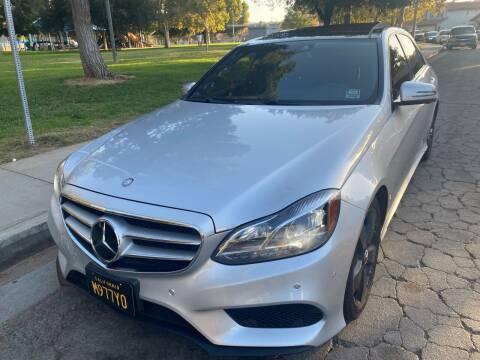 2015 Mercedes-Benz E-Class for sale at Fiesta Motors in Winnetka CA