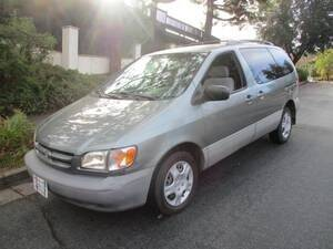 2000 Toyota Sienna for sale at Inspec Auto in San Jose CA