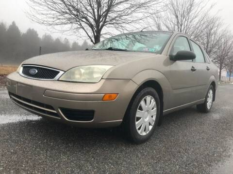 2005 Ford Focus for sale at GOOD USED CARS INC in Ravenna OH