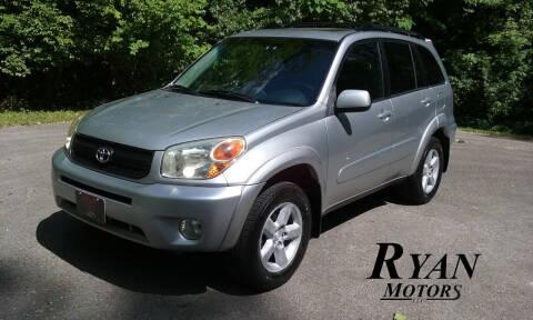 2004 Toyota RAV4 for sale at Ryan Motors LLC in Warsaw IN