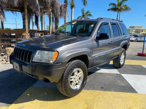 2004 Jeep Grand Cherokee for sale at D&S Auto Sales, Inc in Melbourne FL