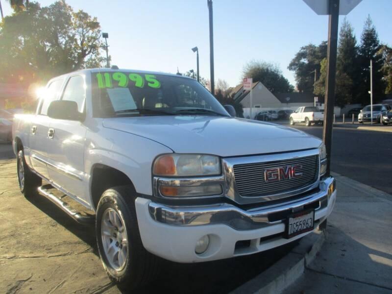 2004 GMC Sierra 1500 for sale at Quick Auto Sales in Modesto CA