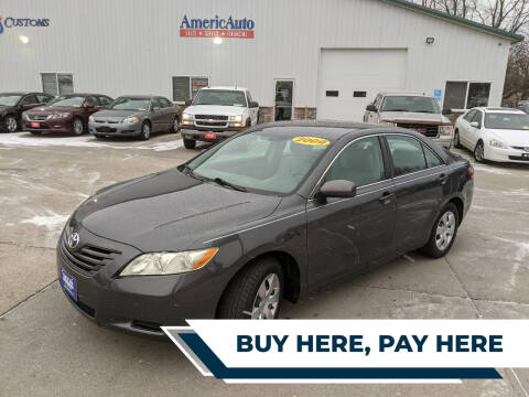 2009 Toyota Camry for sale at AmericAuto in Des Moines IA