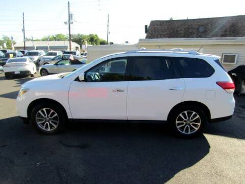 2013 Nissan Pathfinder for sale at American Auto Group Now in Maple Shade NJ